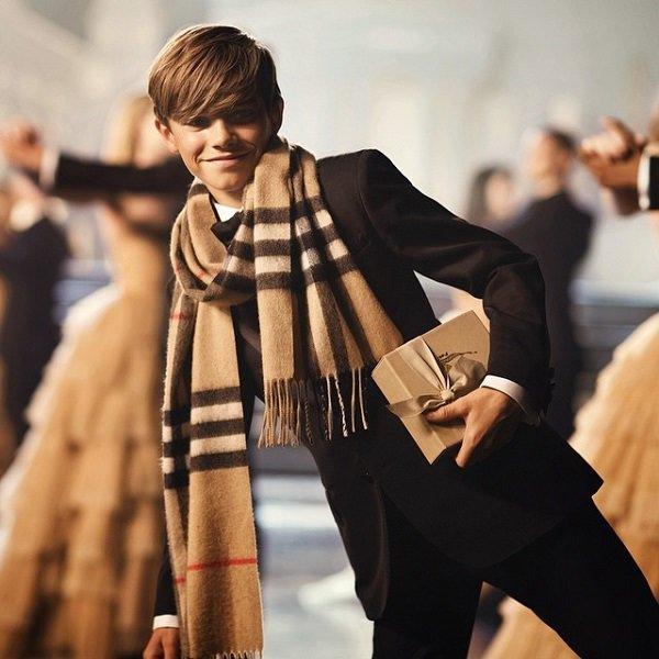 via Fashionstyle.com